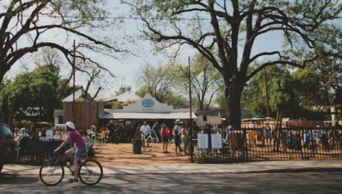 The Friendly Spot Icehouse in Southtown